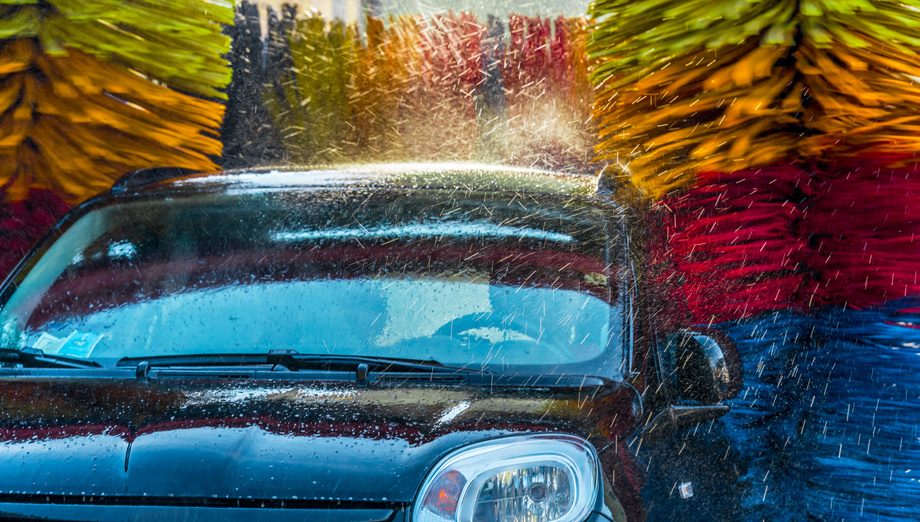 Full Service Car Washes in Winter: How Cold is Too Cold?